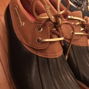 Like new Sperry booties